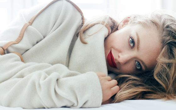 Photo free smiling, Amanda Seyfried, blue eyes