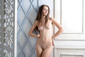 Бесплатные фото Sabrina G,модель,красотка,голая,голая девушка,обнаженная девушка,позы