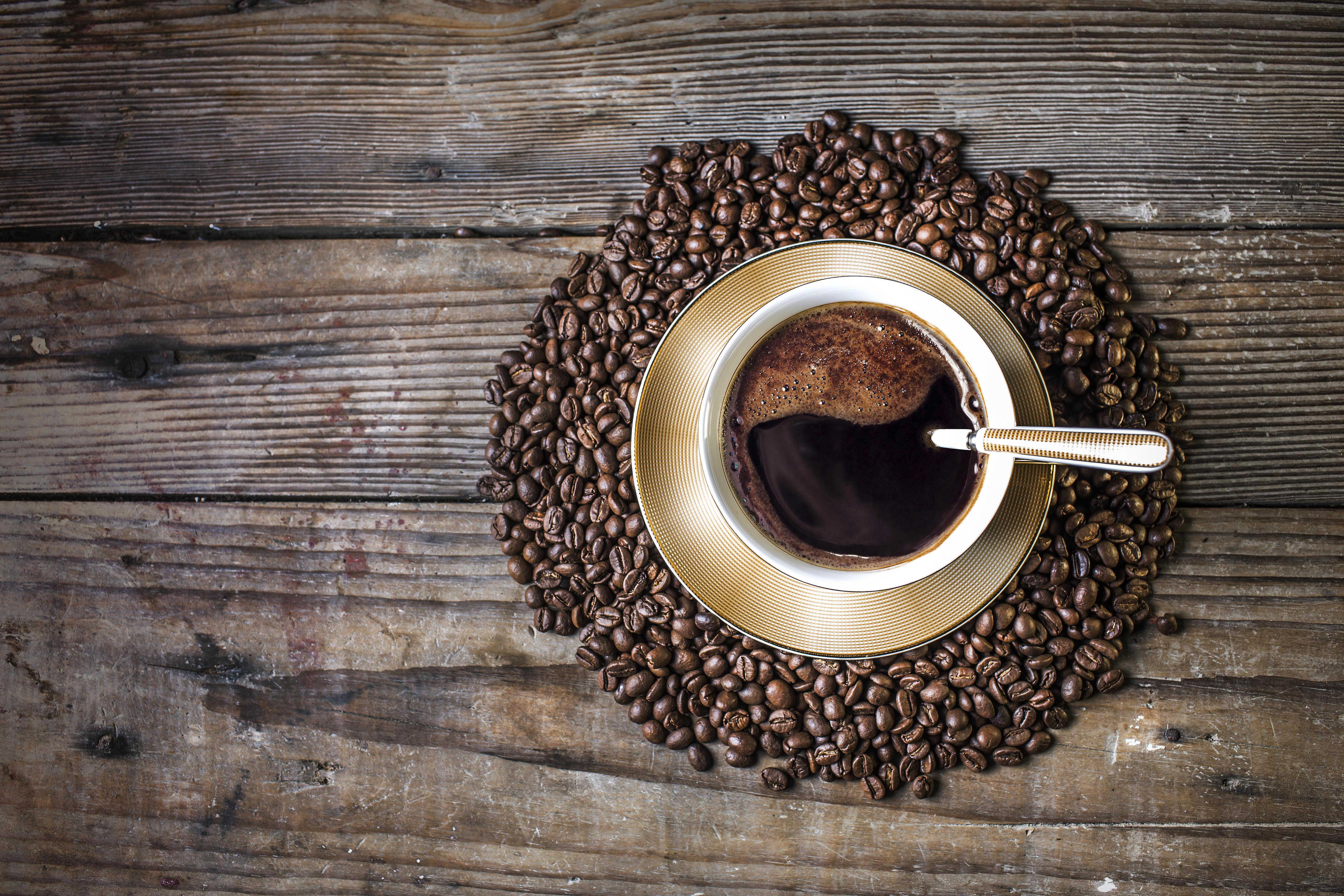 Обои кофе, чашка, кофейные зерна