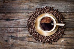 Фото бесплатно кофе, чашка, кофейные зерна