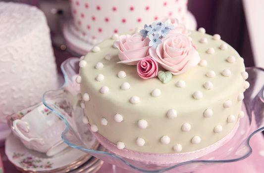 Photo free cake, roses, cream