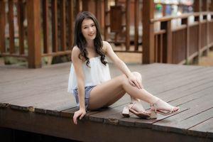Photo free asian, girls smile, legs