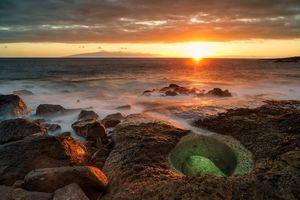 Фото бесплатно закат, море, скалы, камни, пейзаж