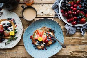 клубника, ежевика, сэндвичи, завтрак, фрукты