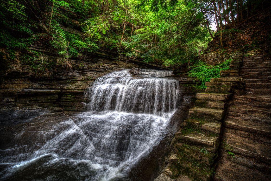 Картинка водопад, скалы, деревья, природа, пейзаж на рабочий стол. Скачать фото обои природа