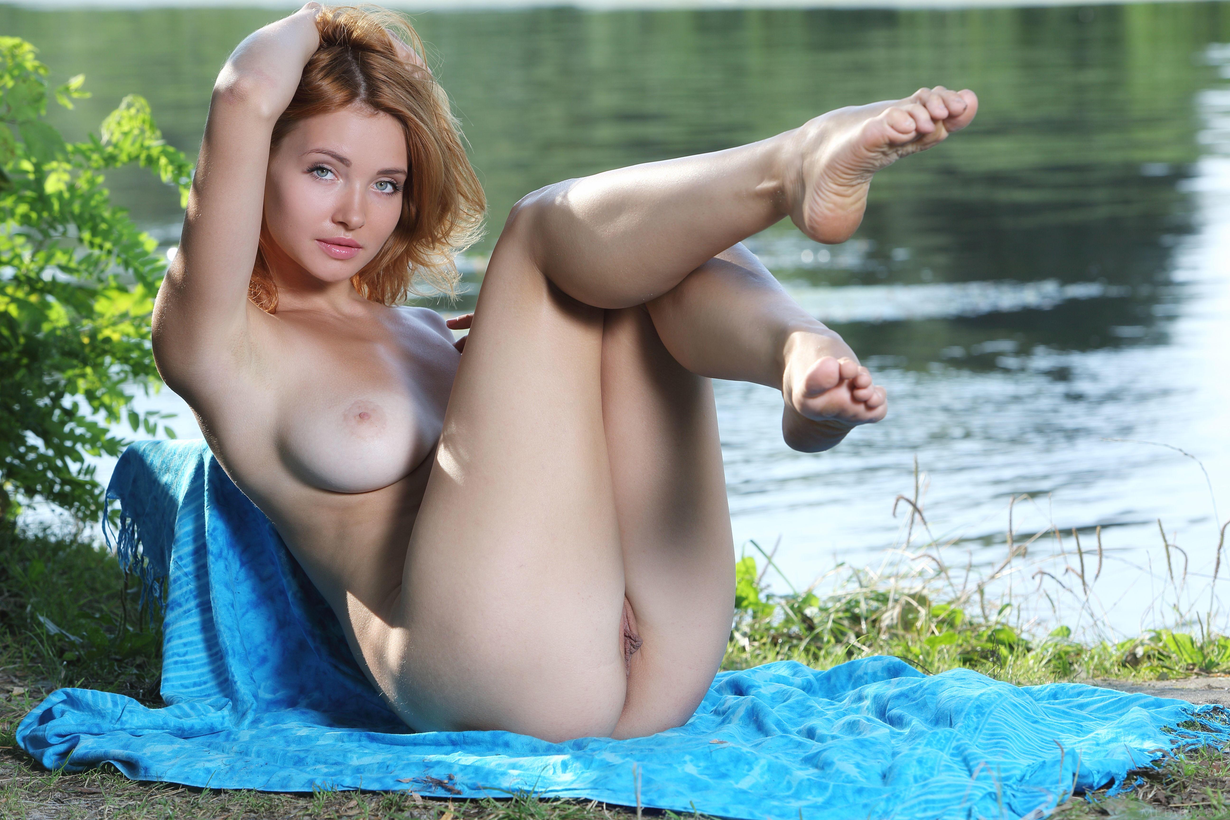 Обои Kika, красотка, голая, голая девушка