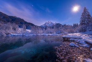 Обои Словения, Альпы, горы, озеро, зима, закат, деревья, пейзаж