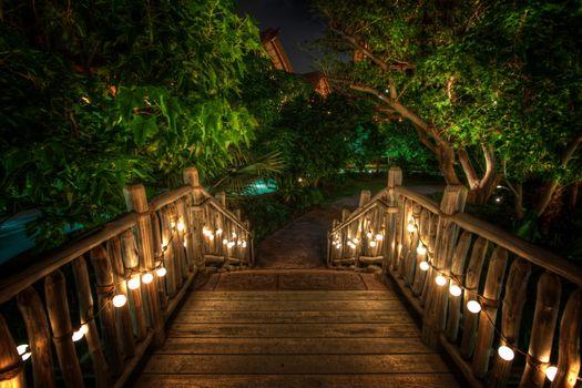 Фото бесплатно Мост через парные джунгли, Гавайи, ночь