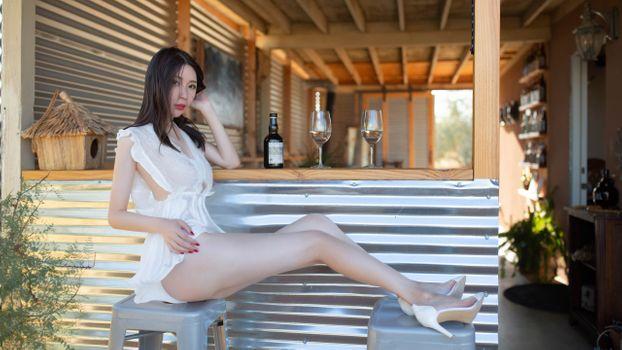 Photo free high heels, pantyhose, beauty