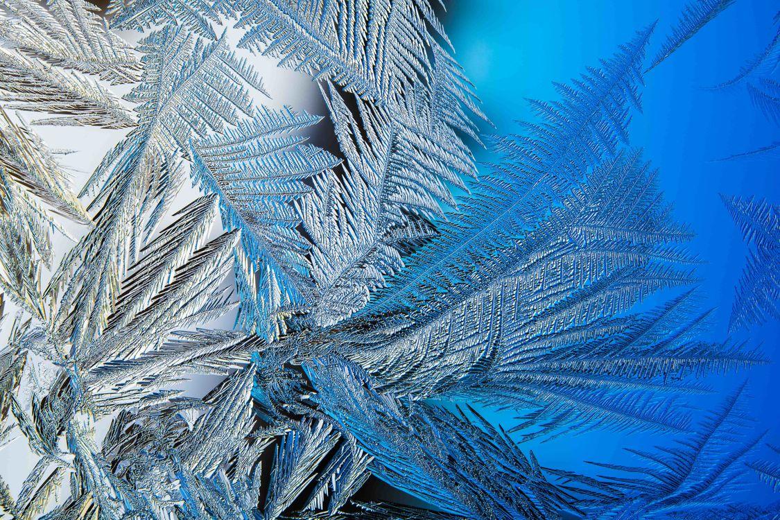 Фото бесплатно замороженное стекло мороз на стекле зимние узоры - на рабочий стол