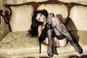 Бесплатные фото Angela E, модель, красотка, голая, голая девушка, обнаженная девушка, позы