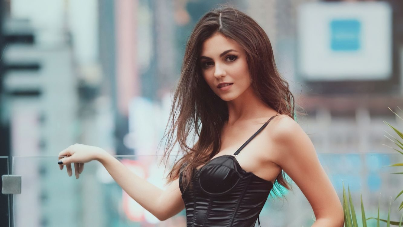 Photo Victoria Justice girls model - free pictures on Fonwall