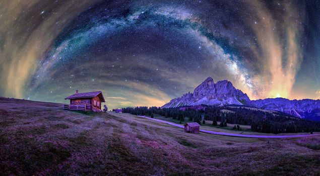 Panorama of the milky Way in the mountains of Northern Italy · free photo