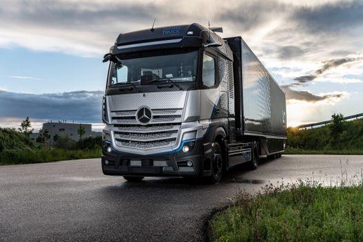 Photo free car, trucks, Mercedes-Benz