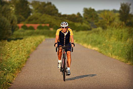Фото бесплатно человек, шлем, байк