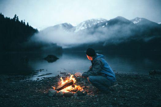 Фото бесплатно камин, огонь, пейзаж, люди, природа