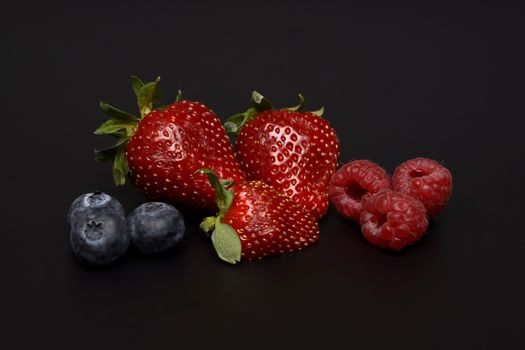 Photo free strawberry, raspberry, blueberry