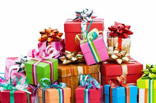 Фото бесплатно новый год, цветные коробки, подарки