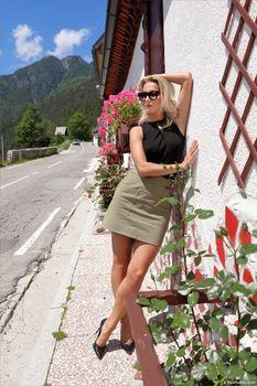 Photo free real girls, Cara Mell, girls legs