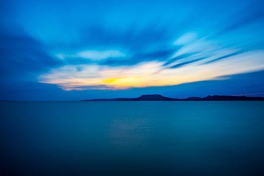 Заставки горизонт,горы,море,синий,horizon,mountains,sea,blue