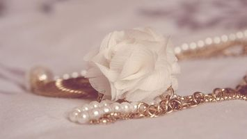 Photo free adornment, chain, pearl