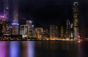 Фото бесплатно ночь город, небоскребы, пляж