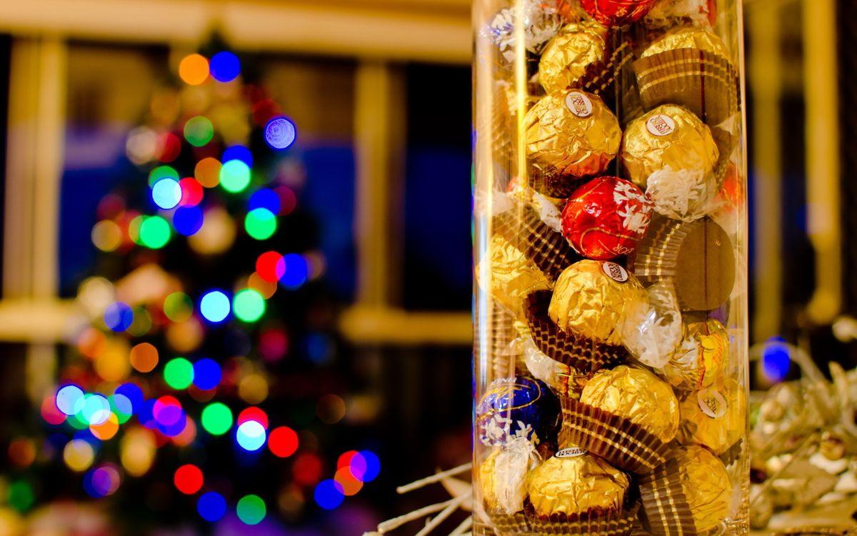 Обои праздник, конфеты, шоколад картинки на телефон