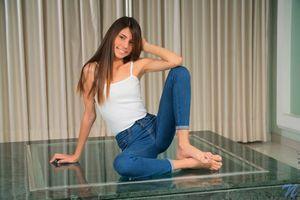 брюнетка, женщины, танцы полюсов, джинсы, Nubiles net