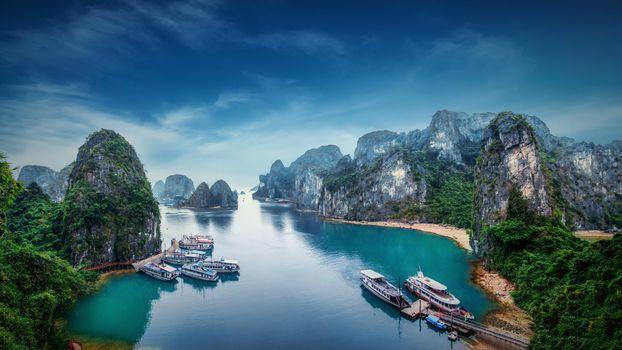 Фото бесплатно Залив Халонг, озеро, лодки