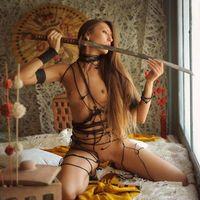 Заставки Emilia Sky, красотка, голая, голая девушка, обнаженная девушка, позы, поза