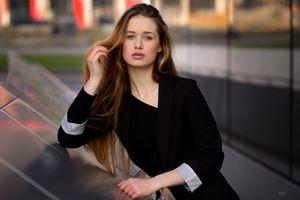 Бесплатные фото Giovanni Zacche, женщины, городские, женщины на открытом воздухе, длинные волосы, модель, брюнетка