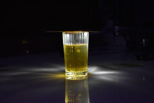 Бесплатные фото пиво,вкусно,Заваривать,напиток,ликер,Бутылка,стеклянная бутылка,жидкость,Дистиллированный напиток,стакан,Пинта нам