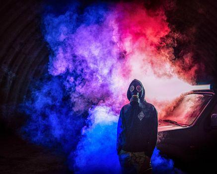 Бесплатные фото противогаз,человек,дым,красочный,gas mask,man,smoke,colorful,vape