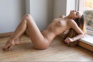 Заставки Karina Baru, Karina, Mary, Slava, модель, красотка, голая