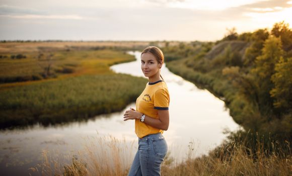 Photo free model, outdoor, river