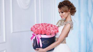 Фото бесплатно невеста, коробка, девушка