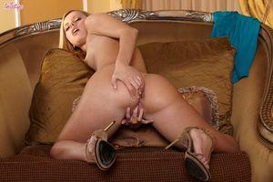 Заставки Jessie Rogers,модель,красотка,голая,голая девушка,обнаженная девушка,позы