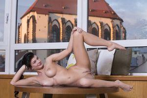Фото бесплатно Lucy Li, модель, красотка, голая, голая девушка, обнаженная девушка, позы, поза, сексуальная девушка, эротика