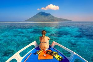 Бесплатные фото море,яхта,остров,девушка