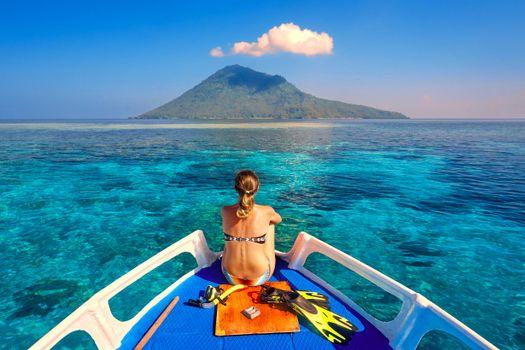 Фото бесплатно девушка, яхта, море