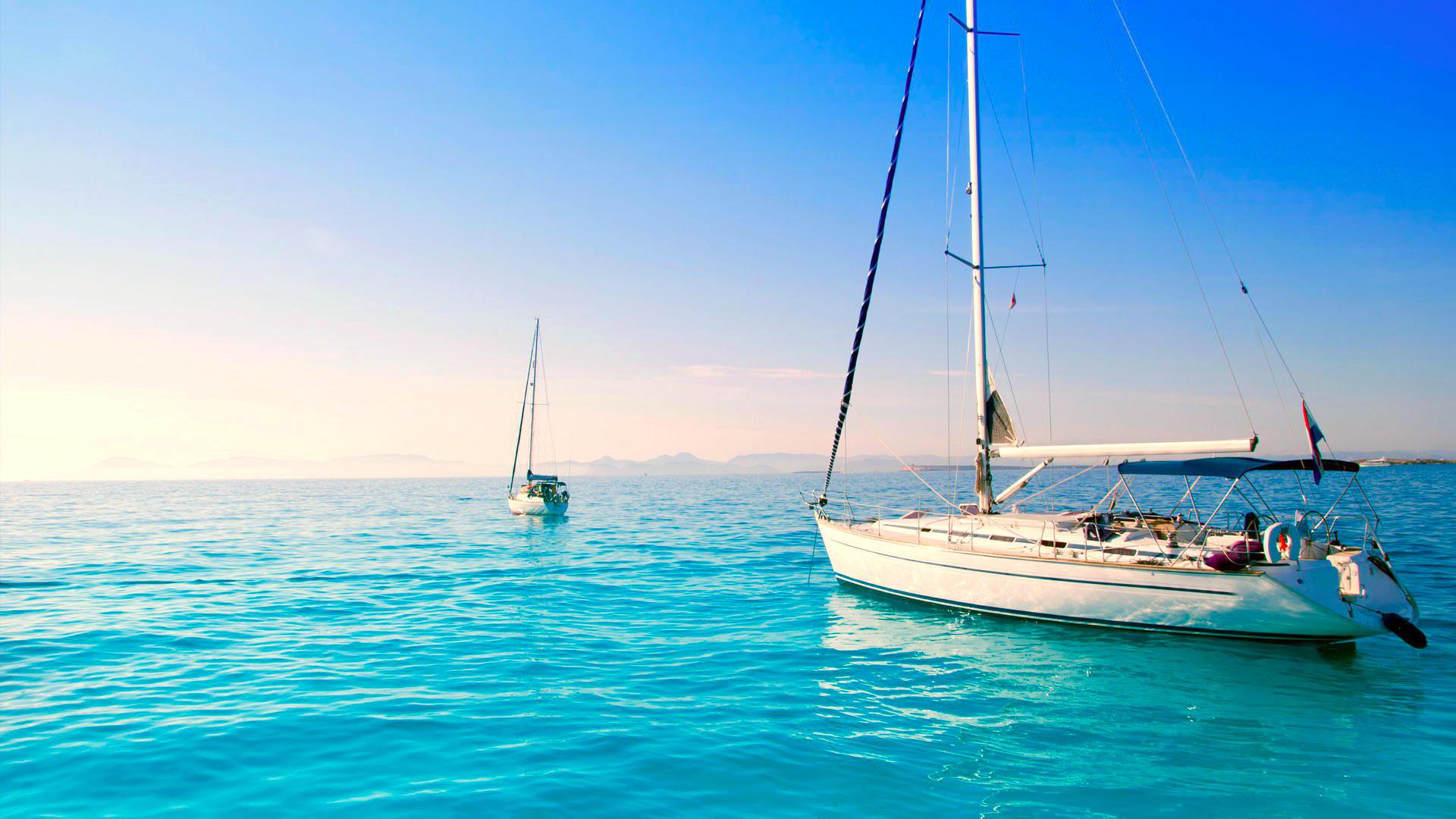 открытое море с яхтами без смс