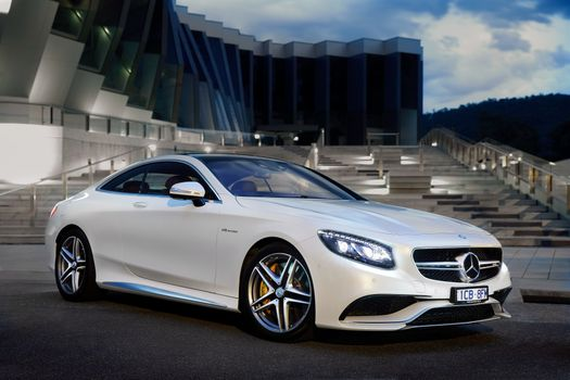 Photo free mercedes benz s63, white, side view
