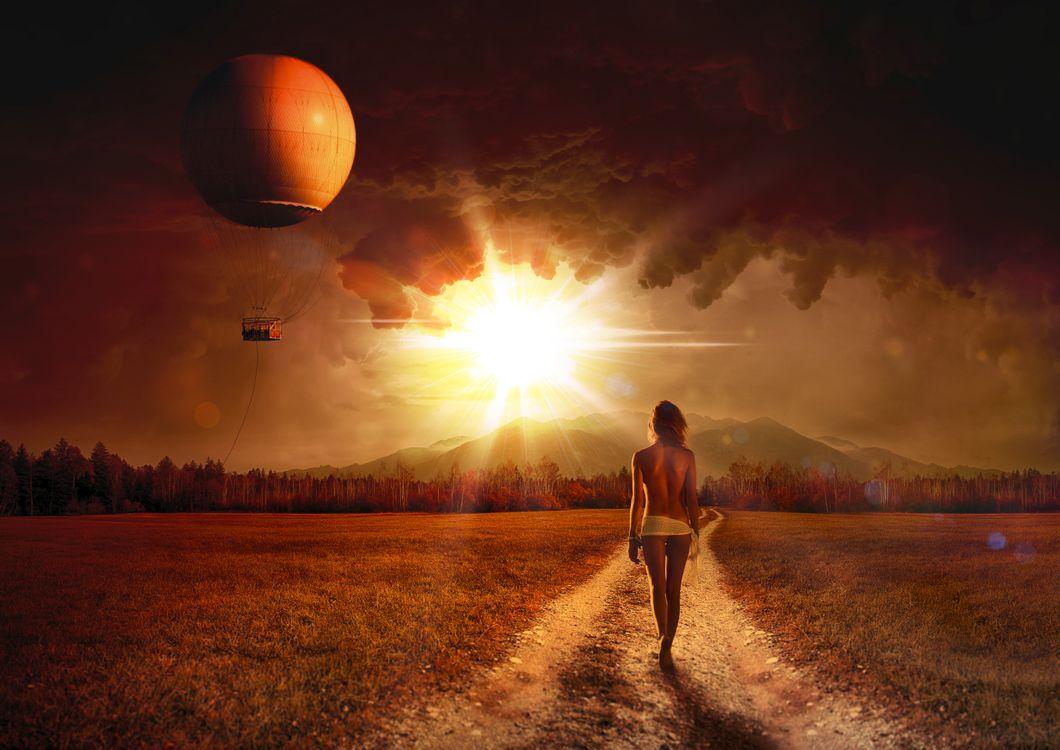 Фото бесплатно поле дорога, воздушный шар, девушка, закат солнца, лучи, art, рендеринг