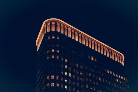 Фото бесплатно здание, огни, ночь