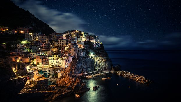Заставки Италия, деревня, скалы