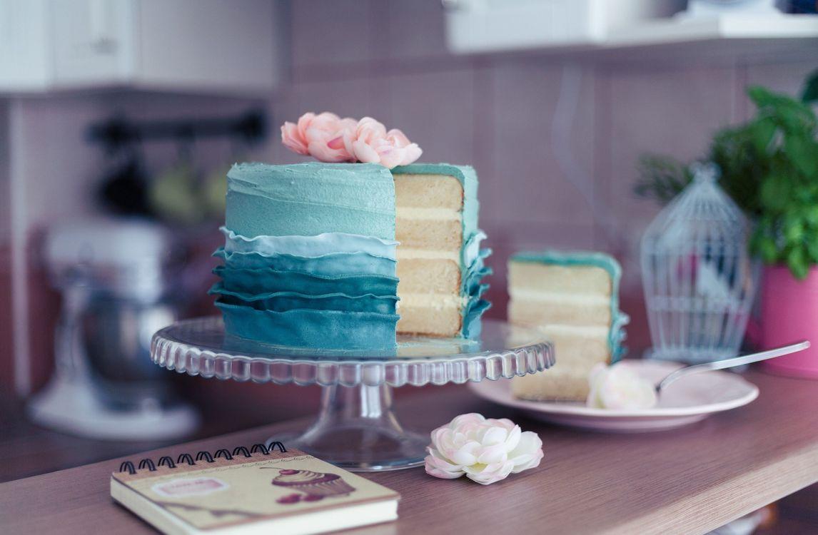 Фото бесплатно торт, десерт, сладкое, украшение, роза, крем, еда - скачать на рабочий стол
