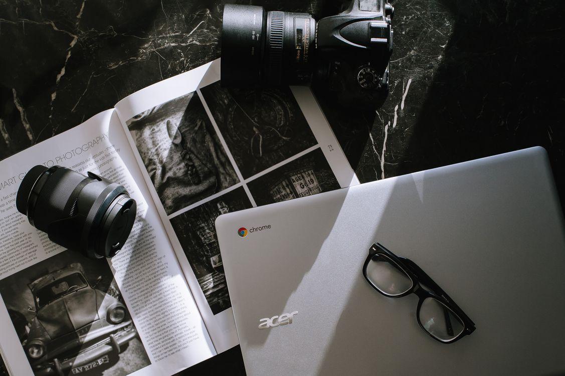 Фото бесплатно бизнес, ноутбук, работа, технология, компьютер, камера, google chromebooks, создание, фотография, acer, hi-tech