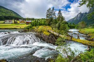 Бесплатные фото Стрюн,Норвегия,Скандинавия,река,мост,деревья,дома