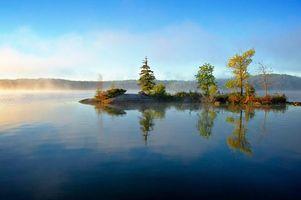 Обои утро, рассвет, озеро, остров, деревья, Лак Лу, Онтарио, Канада, пейзаж