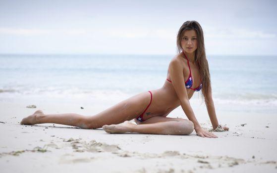 Фото бесплатно пляж, мария RYA, брюнетка